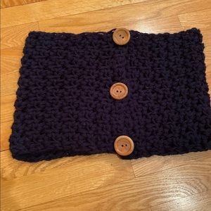 Chunky Hand Knit Scarf with Wood Buttons